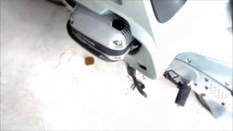 BMWoilmore.jpg